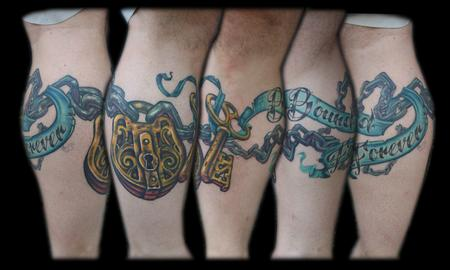 Maximilian Rothert - color skeleton key and lock chain tattoo