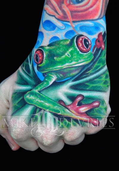 Mike DeVries - Frog Tattoo