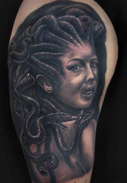 Mike DeVries - Medusa Tattoo