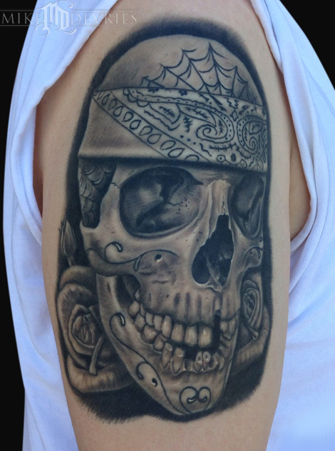 Mike DeVries - Skull Tattoo