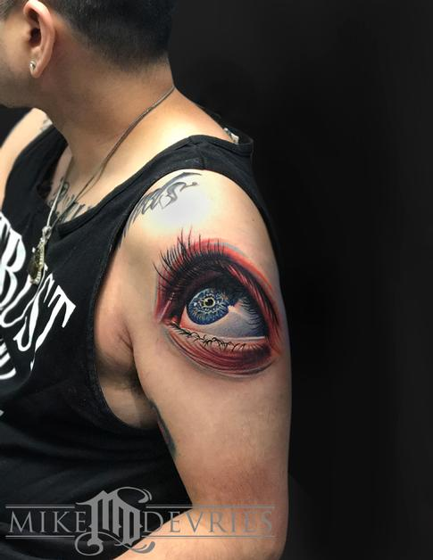 Mike DeVries - Eye Tattoo