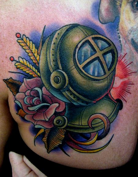 Jonathan Montalvo - diver helmet tattoo