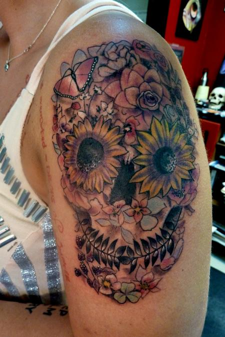 Tattoos - Day of the Dead skull with flowers - 74142