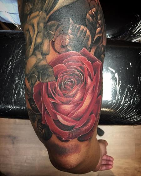 Tattoos - Realistic rose in color - 122773