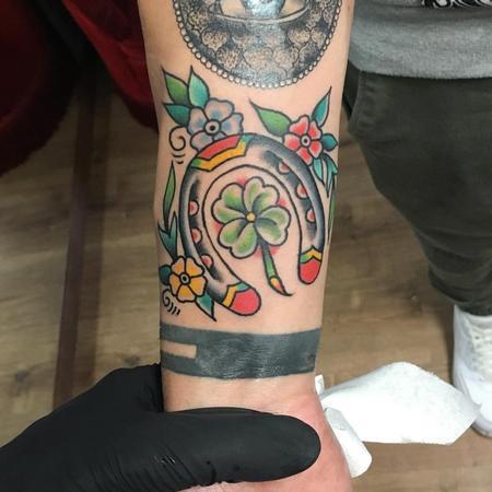 Tattoos - Herradura y Trébol Old School a Color - 126013