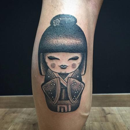 Tattoos - Kokeshi Doll in Blackwork - 126171