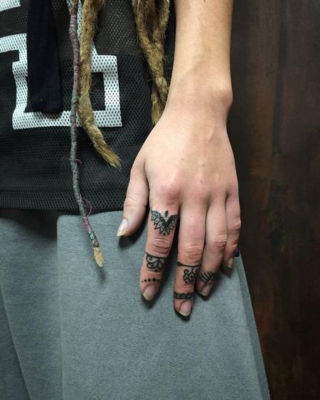 Tattoos - Finger Symbols in Blackwork - 126449