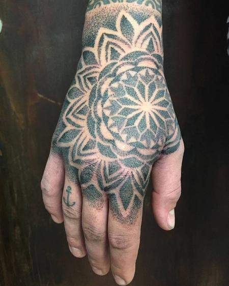 Tattoos - Dotwork Mandala - 126731