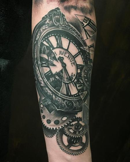 Tattoos - Realistic Clock and Gears in Black and Gray - 127198