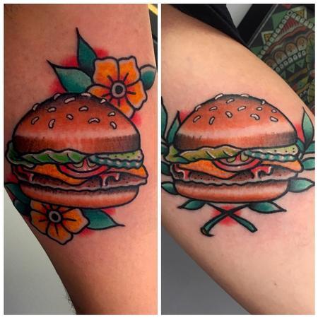 Tattoos - Hamburguesas con Ornamentos Estilo Tradicional a Color - 128000