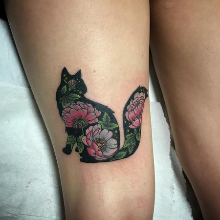 Tattoos - Fluffy Black Cat with Flowers in Color - 131513