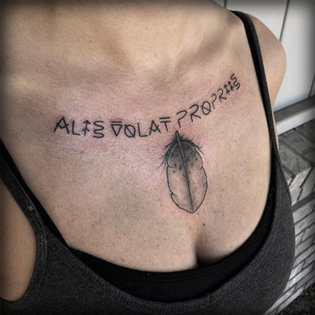 Tattoos - Alis Volat Propriis Tattoo - 120132