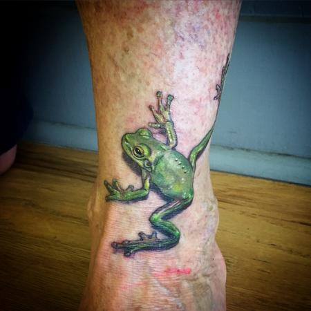 Tattoos - Realistic Frog Tattoo - 101261