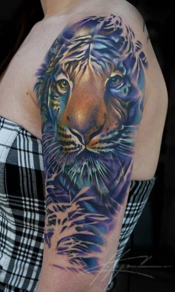 Nick Chaboya - Tiger Tattoo