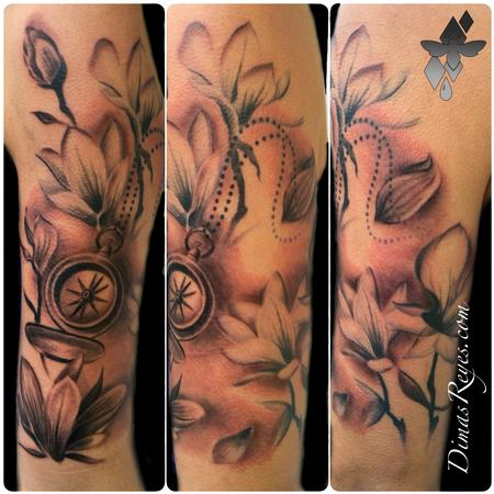 Dimas Reyes - Black and Grey Flowers and Compass tattoo