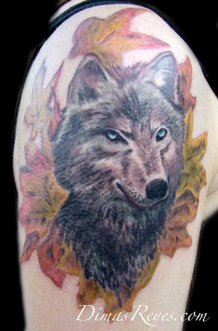 Dimas Reyes - Wolf with Leaves Tattoo