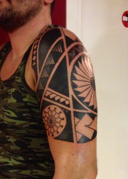Tattoos - Marquesan tattoo - 98018