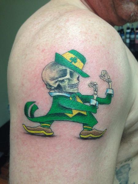 Pineapple  - Fighting Irish skully