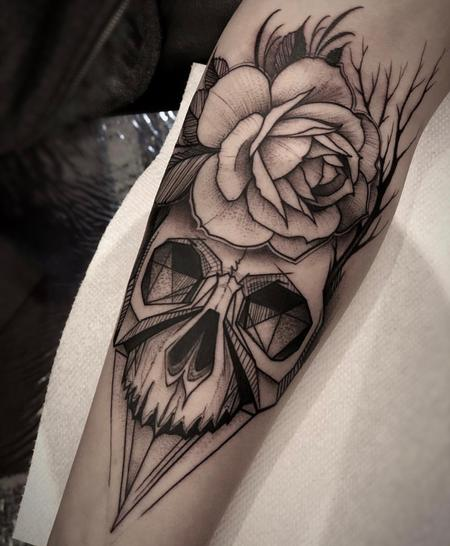 Tattoos - Blackwork Skull & Rose - 132918