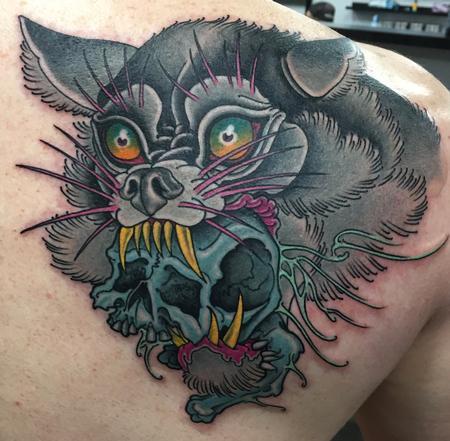 Neotraditional Wolf & Skull Tattoo Thumbnail