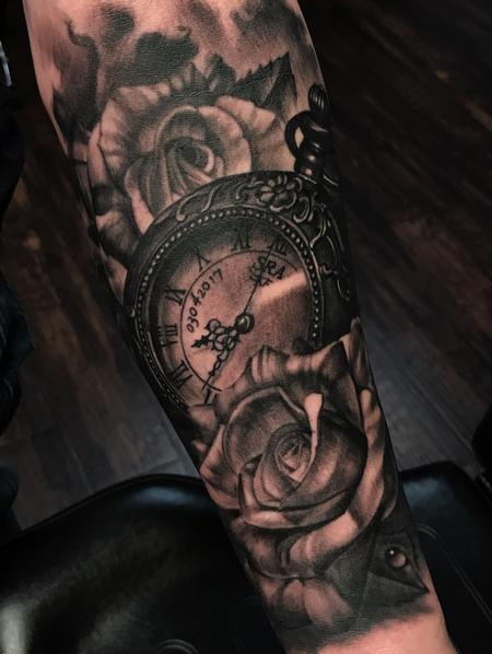 Pocketwatch and Roses Tattoo Thumbnail