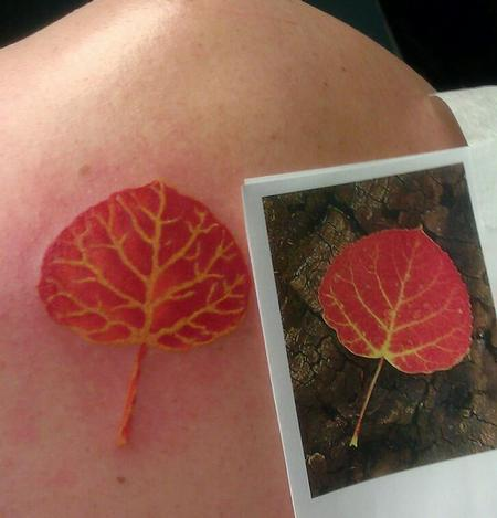 Color leaf tattoo Tattoo Thumbnail