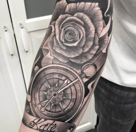 Black & Gray Compass with Rose Tattoo Thumbnail