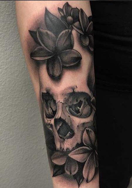Skull Tattoo Design by Danny Elliott