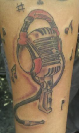 old school mic by bob tattoonow. Black Bedroom Furniture Sets. Home Design Ideas