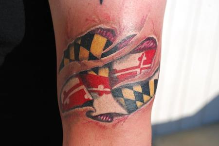 Maryland flag skin rip by jen white tattoonow for Tattoo shops in annapolis