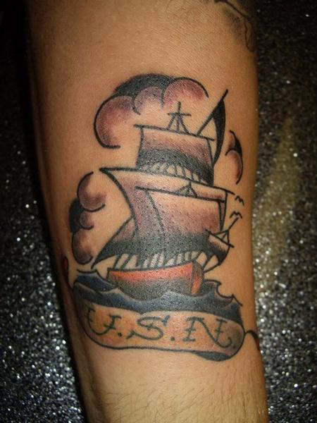 Us navy by jen white tattoonow for Tattoo shops in annapolis