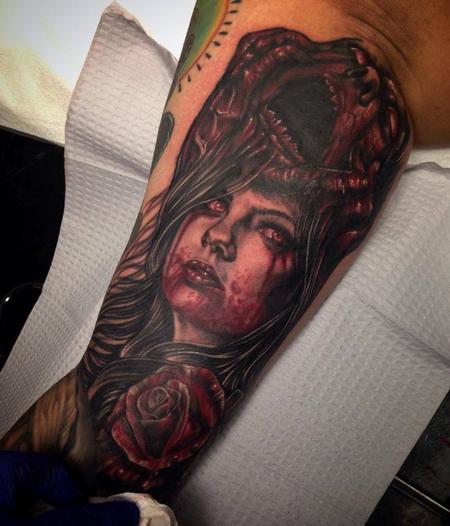 Raphael Barros - zombie woman