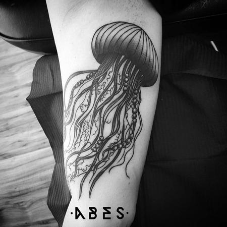 Tattoos - medusa with pearls - 110206