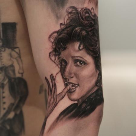 Tattoos - Elaine - 89774