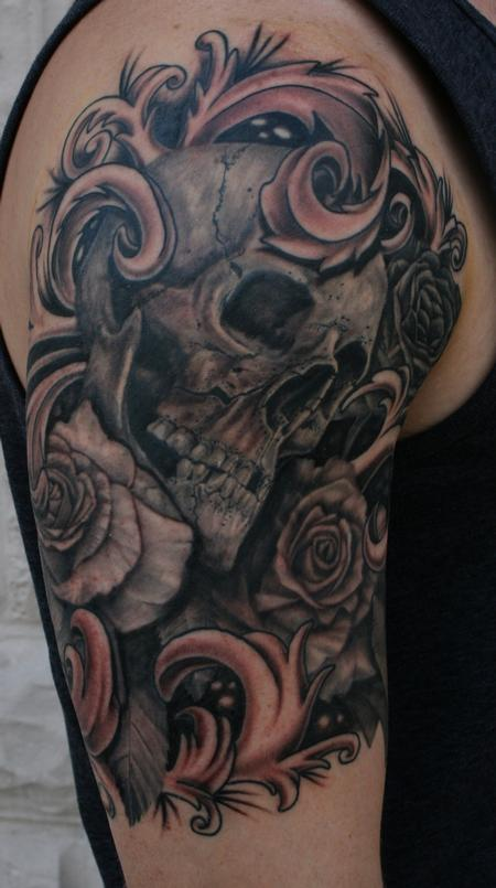 Tattoos - Skull with Roses - 99149