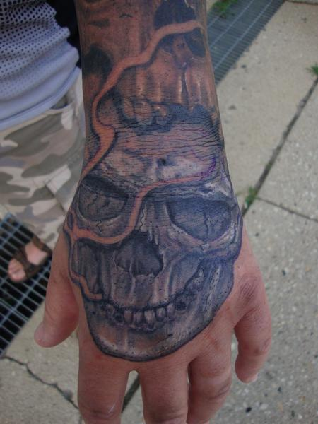 Larry Brogan - Skully Hand