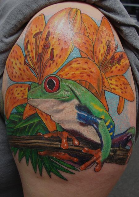 Tattoos - Tree Frog and Lillies - 98937