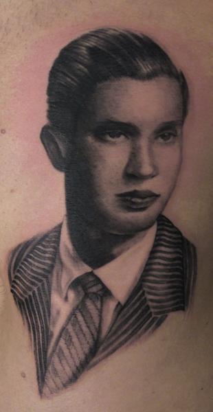 Tattoos - Ritratto di padre - 62316