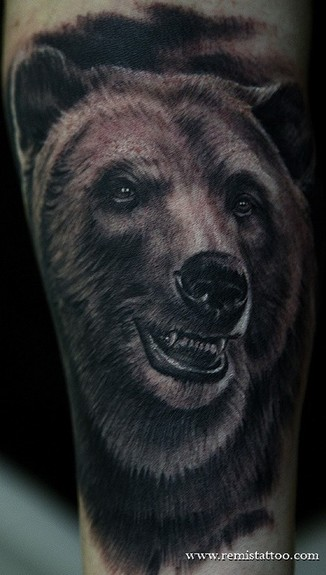 ... Tattoo Gathering : Tattoos : Remis Tattoo : grizzly bear tattoo
