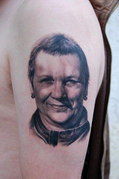 Ralf Nonnweiler - Black and Grey Portrait Tattoo