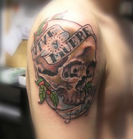 2015 39 s best tattoo shop in charleston tattoonow for Charleston tattoo artists