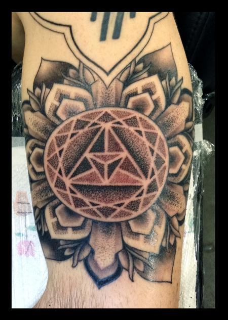 Tattoos - Dotwork Mandala - 101840