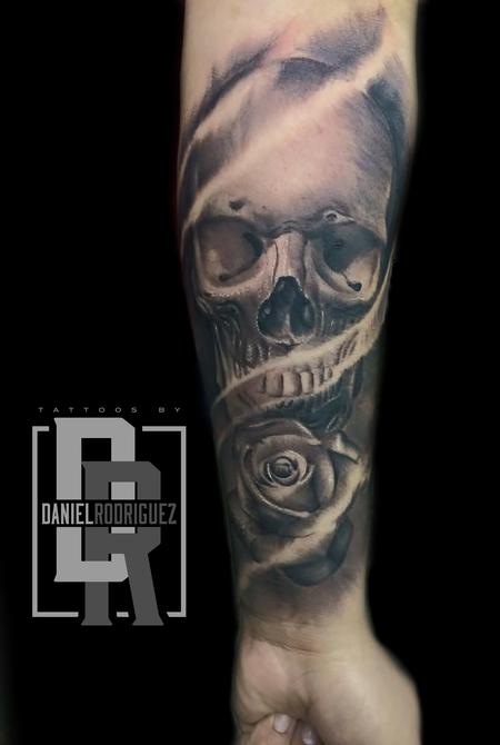 skull rose Tattoo Design by Daniel Rodriguez