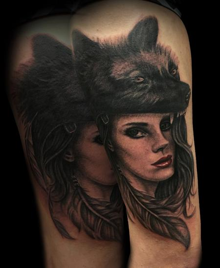 Tattoos - Lana with wolf - 114031