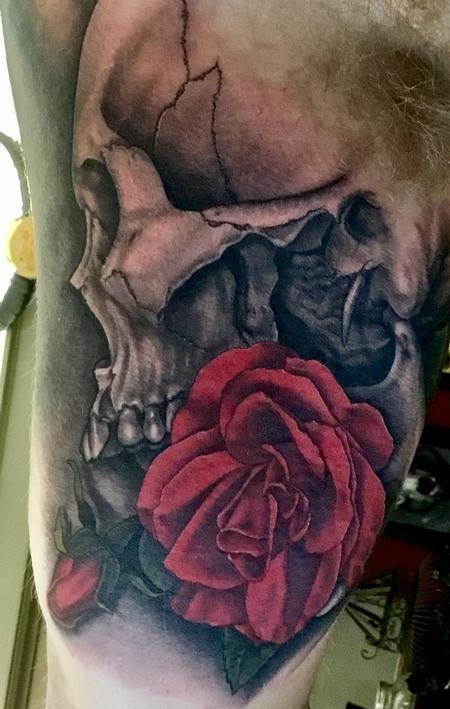 Tattoos - Skull and Roses - 127010