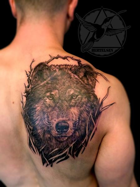 Black and Grey Wolf Tattoo Design Thumbnail