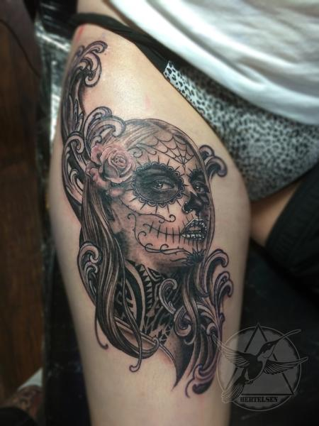 Black and Grey Day of the Dead Girl Design Thumbnail