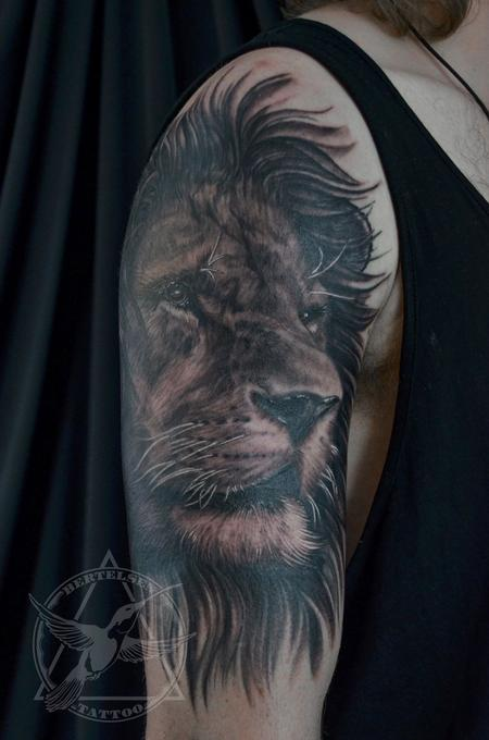 Black&Grey Lion Portrait  Design Thumbnail