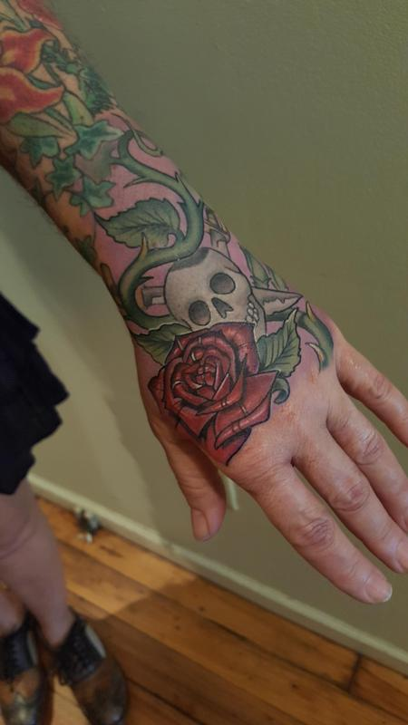 Tattoos - Jolly Roger hand jammer - 119164