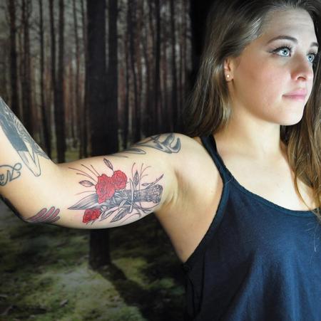 Red Roses and Bone-Handled Knife. Instagram @MichaelBalesArt Tattoo Thumbnail